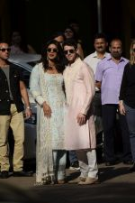 Priyanka  Chopra and Nick Jonas posing for media after finishing their wedding puja at her Versova House on 28th Nov 2018 (58)_5bff90e56375a.JPG