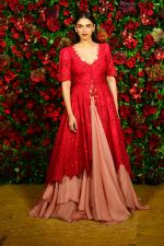 Aditi Rao Hydari at Deepika Padukone and Ranveer Singh_s Reception Party in Mumbai on 1st Dec 2018 (63)_5c04d994054a8.JPG