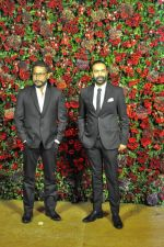 Anubhav Sinha at Deepika Padukone and Ranveer Singh_s Reception Party in Mumbai on 1st Dec 2018 (14)_5c04da28d1bce.JPG