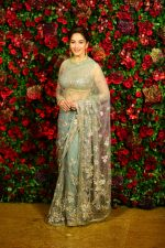 Madhuri Dixit at Deepika Padukone and Ranveer Singh_s Reception Party in Mumbai on 1st Dec 2018 (143)_5c04dccbab03b.JPG