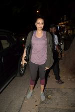 Swara Bhaskar spotted at gym in juhu on 30th Dec 2018 (21)_5c04cc08da700.JPG