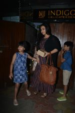 Vidya balan spotted at indigo bandra on 30th Dec 2018 (7)_5c04cc6518691.JPG