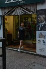 Aditi Rao Hydari spotted spotted at Zido salon in bandra on 3rd Dec 2018 (3)_5c0774218e7bb.JPG