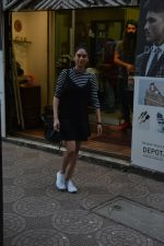 Aditi Rao Hydari spotted spotted at Zido salon in bandra on 3rd Dec 2018 (6)_5c077428783e4.JPG