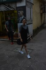 Aditi Rao Hydari spotted spotted at Zido salon in bandra on 3rd Dec 2018 (8)_5c07742d285d4.JPG