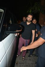 Emraan Hashmi Spotted Post A Shoot At Pali Hill on 2nd Dec 2018 (1)_5c076d18dce09.JPG