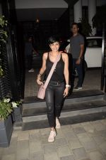Mandira Bedi Spotted At Soho House In Juhu on 3rd Dec 2018 (6)_5c0774abc6d5c.JPG