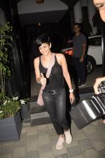 Mandira Bedi Spotted At Soho House In Juhu on 3rd Dec 2018 (8)_5c0774aee95c6.JPG