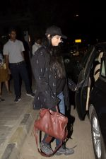 Rhea Kapoor Spotted At Soho House Juhu on 2nd Dec 2018 (5)_5c076d95b1ca9.JPG
