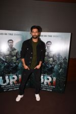 Vicky Kaushal spotted For Trailer Preview Of Film URI on 3rd Dec 2018 (16)_5c07755ae6917.JPG