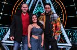 Badshah, Matt Hardy, Neha Kakkar at Indian Idol Session 10 for Shoot Special Episode on 5th Dec 2018 (64)_5c08d26a696f3.JPG