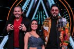 Badshah, Matt Hardy, Neha Kakkar at Indian Idol Session 10 for Shoot Special Episode on 5th Dec 2018 (67)_5c08d1c165ffa.JPG