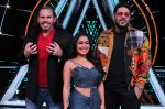Badshah, Matt Hardy, Neha Kakkar at Indian Idol Session 10 for Shoot Special Episode on 5th Dec 2018 (69)_5c08d26f2a25e.JPG