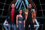 Badshah, Matt Hardy, Neha Kakkar at Indian Idol Session 10 for Shoot Special Episode on 5th Dec 2018 (70)_5c08d270b145a.JPG