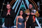 Badshah, Matt Hardy, Neha Kakkar at Indian Idol Session 10 for Shoot Special Episode on 5th Dec 2018 (74)_5c08d1c7ac169.JPG