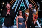 Badshah, Matt Hardy, Neha Kakkar at Indian Idol Session 10 for Shoot Special Episode on 5th Dec 2018 (75)_5c08d273bce71.JPG