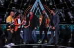 Badshah, Matt Hardy, Neha Kakkar, Vishal Dadlani, Manish Paul at Indian Idol Session 10 for Shoot Special Episode on 5th Dec 2018 (116)_5c08caa5e5710.JPG