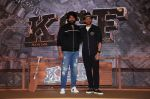 Farhan Akhtar, Yash at the Trailer Launch Of Film KGF on 5th Nov 2018 (9)_5c08cb60800d7.JPG