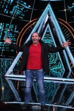 Matt Hardy at Indian Idol Session 10 for Shoot Special Episode on 5th Dec 2018 (101)_5c08d2a5b7dbd.JPG