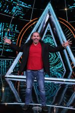 Matt Hardy at Indian Idol Session 10 for Shoot Special Episode on 5th Dec 2018 (102)_5c08d2a739ae1.JPG