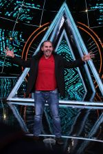Matt Hardy at Indian Idol Session 10 for Shoot Special Episode on 5th Dec 2018 (103)_5c08d2a8ca191.JPG