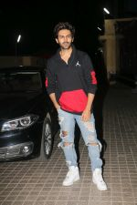 Kartik Aaryan at the Screening Of Film Kedarnath At Pvr Juhu on 5th Dec 2018 (80)_5c0a147e58343.jpg
