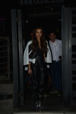 Malaika Arora Spotted At Yautcha Bkc on 5th Dec 2018 (3)_5c0a178205013.JPG