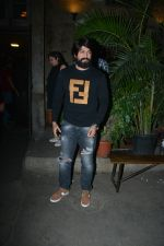 Yash spotted at Pali Bhavan restaurant in bandra on 8th Dec 2018 (14)_5c0e0e3958517.JPG