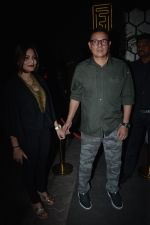 Alvira Khan, Atul Agnihotri at Zaheer Iqbal Birthday Grand Celebration on 10th Dec 2018 (46)_5c0fbc3c4cd70.JPG