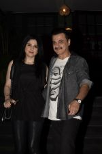Maheep Kapoor, Sanjay Kapoor Spotted At Soho House In Juhu on 9th Dec 2018 (11)_5c0f6ef68a70a.JPG