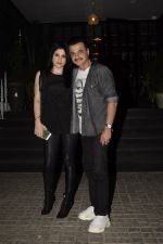 Maheep Kapoor, Sanjay Kapoor Spotted At Soho House In Juhu on 9th Dec 2018 (6)_5c0f6ef03404d.JPG
