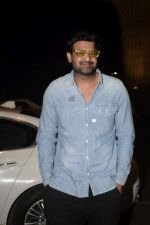 Prabhas Spotted At Airport on 9th Dec 2018 (11)_5c0f72e1f2724.JPG