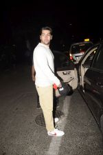 Rohit Dhawan With Wife Spotted At Soho House Juhu on 9th Dec 2018 (6)_5c0f6f3d1ccb4.JPG