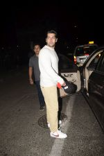 Rohit Dhawan With Wife Spotted At Soho House Juhu on 9th Dec 2018 (7)_5c0f6f4244936.JPG
