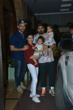Soha ALi Khan, Kunal Khemu, Rannvijay Singh at Taimur_s birthday party in bandra on 7th Dec 2018 (128)_5c0f6063bcc41.JPG
