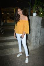 Malavika Mohanan Spotted At Kitchen Garden In Bandra on 11th Dec 2018 (10)_5c10a1f5acaae.JPG