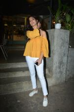 Malavika Mohanan Spotted At Kitchen Garden In Bandra on 11th Dec 2018 (8)_5c10a1edeed22.JPG
