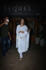 Nidhhi Agerwal Spotted At Sequel In Bandra on 12th Dec 2018 (3)_5c11fe6103327.JPG