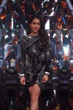 Sara Ali Khan At the Promotion of Film SIMMBA On the Sets Of Indian Idol on 13th Dec 2018 (8)_5c121c8e5d45a.JPG
