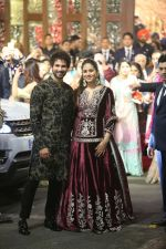 Shahid Kapoor, Mira Rajput at Isha Ambani and Anand Piramal_s wedding on 12th Dec 2018 (9)_5c121805cd796.jpg