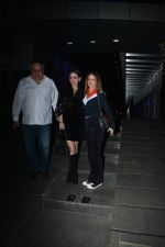Sandeep Khosla, Anu Dewan, Sussanne Khan Spotted At Hakkasan In Bandra on 13th Dec 2018 (13)_5c134e9f4084f.JPG