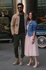 Yami Gautam, Vicky Kaushal For The Promotions Of Film Uri At Sofitel Bkc on 13th Dec 2018 (8)_5c134f609d0a5.JPG