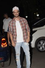 Aayush Sharma at the Birthday Party Of Sohail Khan_s Son in Bandra on 15th Dec 2018 (57)_5c17530d279aa.JPG