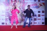 Elli Avram, Arshad Warsi at the Song Launch of  Chamma Chamma For Film Fraud Saiyyan on 15th Dec 2018 (1)_5c175d76dbbb2.JPG