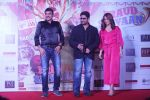 Elli Avram, Arshad Warsi at the Song Launch of  Chamma Chamma For Film Fraud Saiyyan on 15th Dec 2018 (26)_5c175d78a493b.JPG