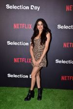 Janhvi Kapoor at the Red Carpet of Netfix Upcoming Series Selection Day on 18th Dec 2018 (40)_5c19defb88468.JPG