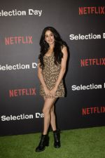 Janhvi Kapoor at the Red Carpet of Netfix Upcoming Series Selection Day on 18th Dec 2018 (47)_5c19df0050beb.JPG