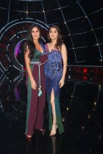 Katrina Kaif, Anushka Sharma with team Zero on the sets of Indian Idol Grand Finale in Yashraj Studio, Andheri on 19th Dec 2018