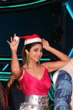 Shilpa Shetty at the Launch of Super Dancer Chapter 3 in Reliance studio filmcity goregaon on 19th Dec 2018 (50)_5c1b43618cada.JPG