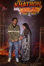Bharti Singh, Haarsh Limbachiyaa at the Launch of COLORS Khatron Ke Khiladi on 20th Dec 2018 (81)_5c1c8a7a95ef9.JPG